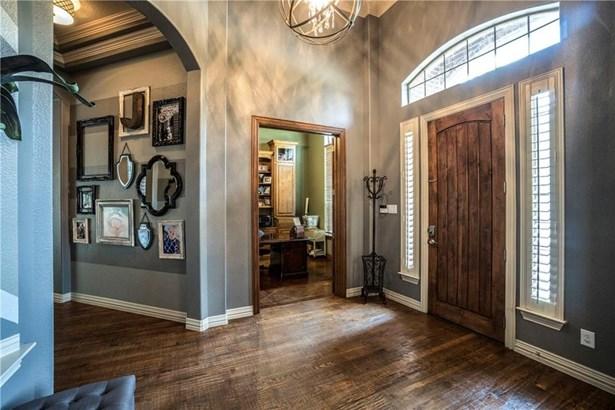 806 Jennifer Court, Highland Village, TX - USA (photo 4)