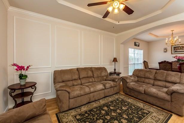 4435 Westchester Glen Drive, Grand Prairie, TX - USA (photo 4)