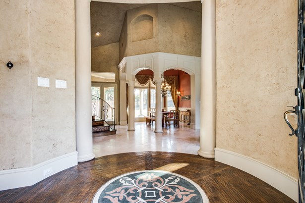 6700 Crown Forest Drive, Plano, TX - USA (photo 4)