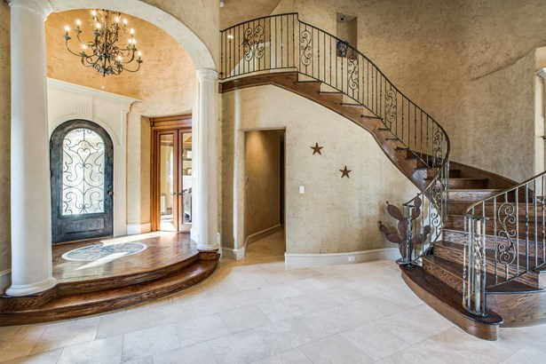 6700 Crown Forest Drive, Plano, TX - USA (photo 5)