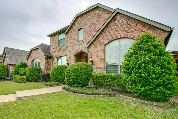 2508 Chariot Castle Drive, Lewisville, TX - USA (photo 3)