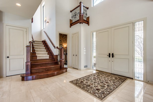 1505 N Cottonwood Valley Circle, Irving, TX - USA (photo 4)