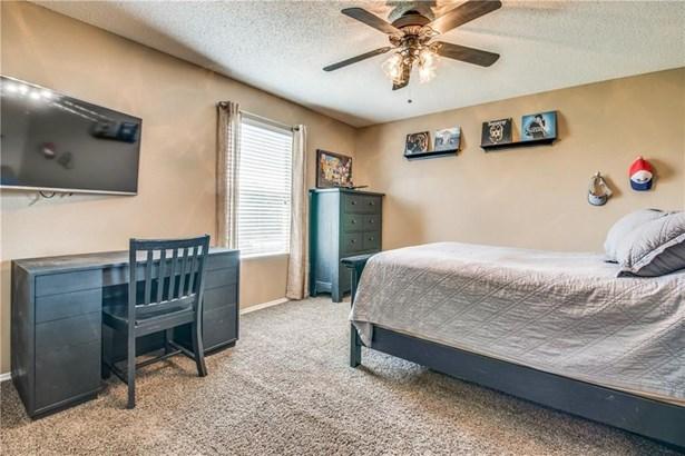 2432 Chestnut Drive, Little Elm, TX - USA (photo 4)