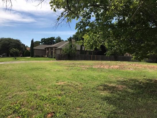 6901 Smithfield Road, North Richland Hills, TX - USA (photo 3)