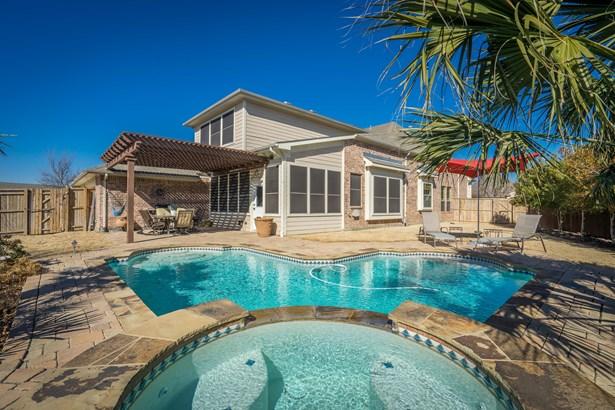 2304 Shoreham Cir, Lewisville, TX - USA (photo 1)