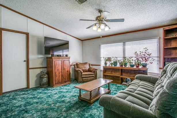1115 Spring Shower Drive, Krum, TX - USA (photo 4)