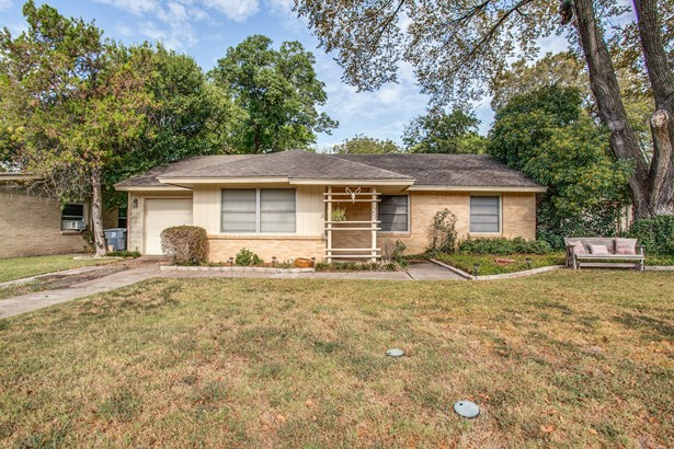 10203 Eastwood Drive, Dallas, TX - USA (photo 1)