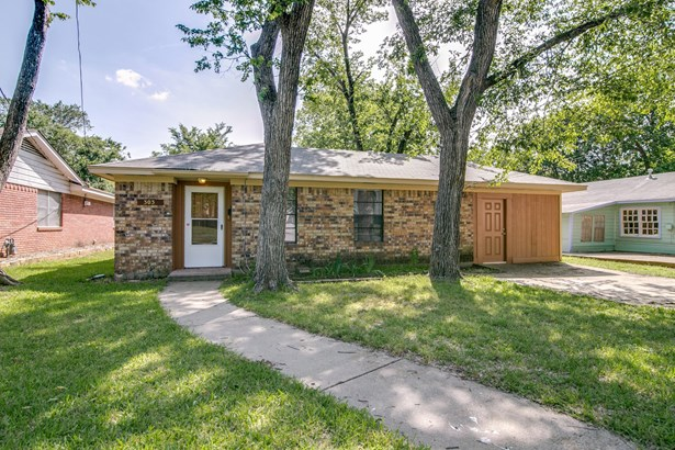 303 Lawrence Avenue, Terrell, TX - USA (photo 1)