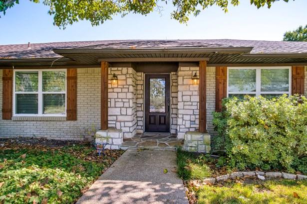 1718 Iroquois Drive, Garland, TX - USA (photo 3)