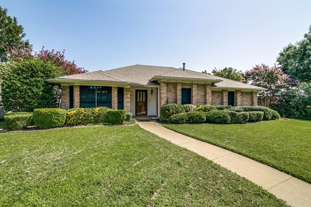 2705 Stoneridge Drive, Garland, TX - USA (photo 1)