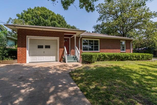 501 N Holly Avenue, Sherman, TX - USA (photo 1)