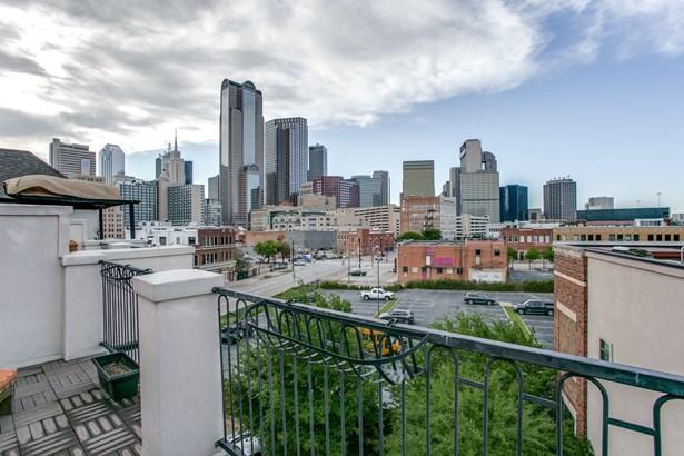 2111 Canton Street, Dallas, TX - USA (photo 2)