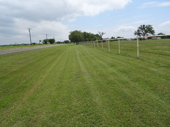 19 Ac Fm 2931, Pilot Point, TX - USA (photo 2)