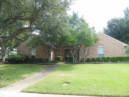 938 Springwood Lane, Duncanville, TX - USA (photo 1)