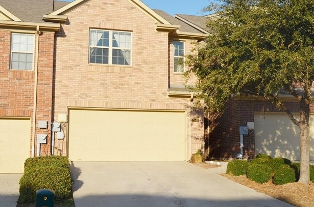2648 Jacobson Drive, Lewisville, TX - USA (photo 2)