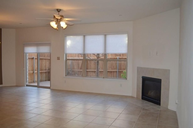2648 Jacobson Drive, Lewisville, TX - USA (photo 3)