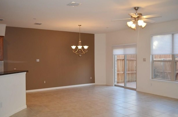 2648 Jacobson Drive, Lewisville, TX - USA (photo 5)