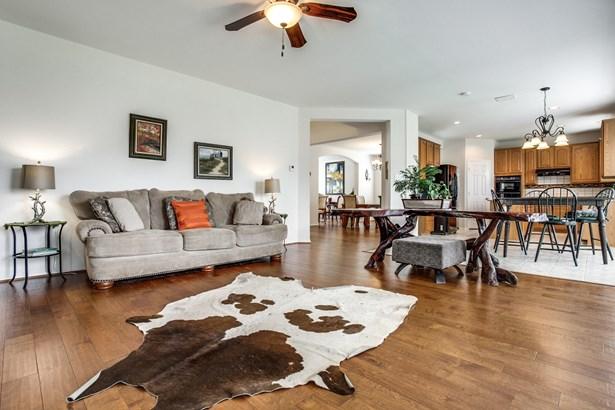 9901 Township Lane, Rowlett, TX - USA (photo 4)