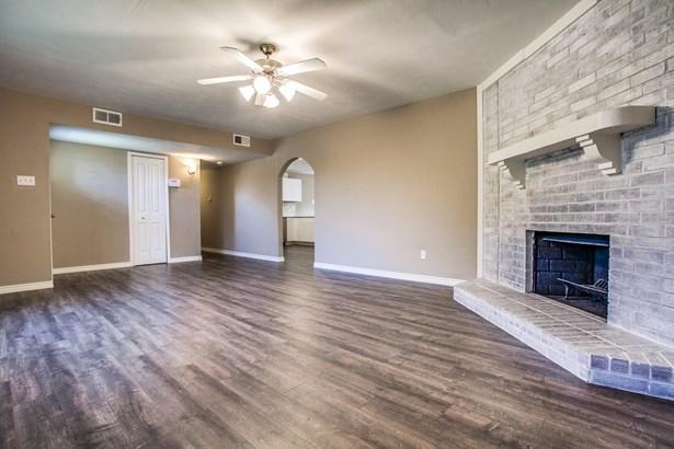 1418 Toyah Creek Lane, Garland, TX - USA (photo 4)