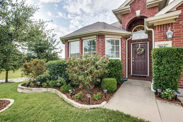 966 Woodrow Drive, Lewisville, TX - USA (photo 3)