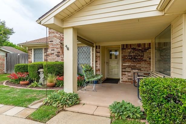 1305 San Marcos Drive, Arlington, TX - USA (photo 1)