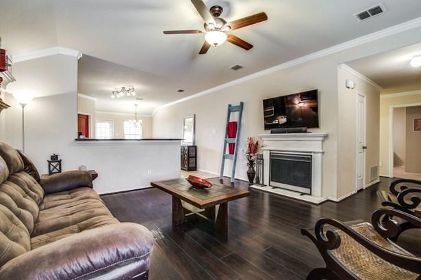 438 Jackson Lane, Lavon, TX - USA (photo 4)