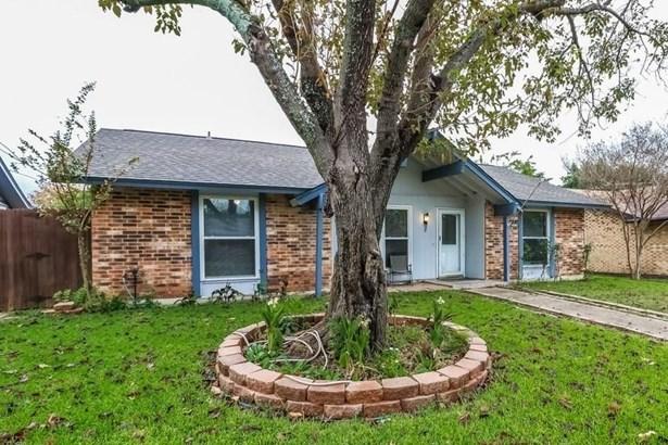 2030 Glencrest Lane, Garland, TX - USA (photo 2)