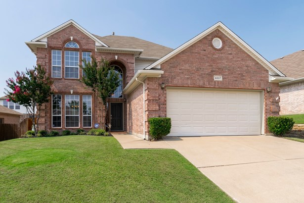 4837 Valley Springs Trail, Fort Worth, TX - USA (photo 1)