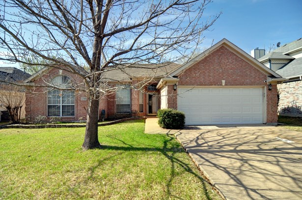 5737 Round Rock Road, Haltom City, TX - USA (photo 1)