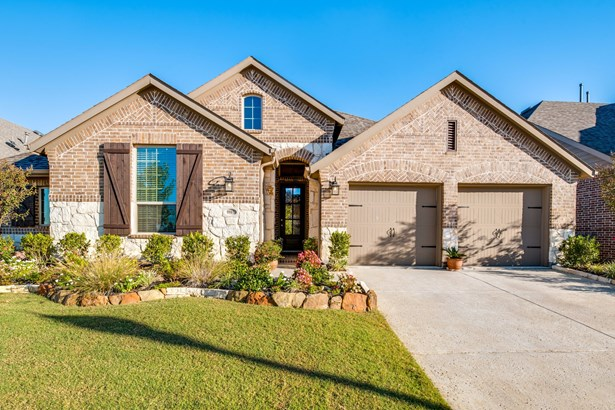 9901 Trinity Drive, Little Elm, TX - USA (photo 1)