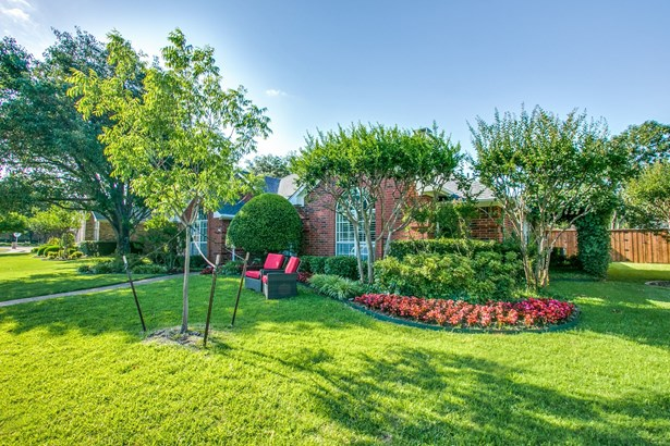 2203 Glascow Court, Carrollton, TX - USA (photo 2)