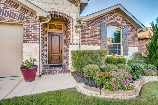 9120 Holliday Lane, Aubrey, TX - USA (photo 3)