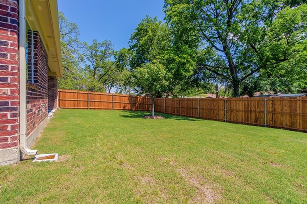 1612 N Bradley Street, Mckinney, TX - USA (photo 5)