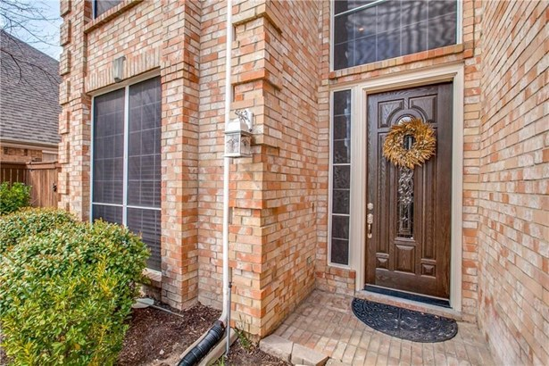 401 Waterside Drive, Irving, TX - USA (photo 2)