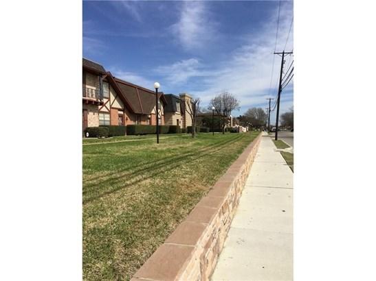 1801 E Grauwyler Road 102, Irving, TX - USA (photo 4)