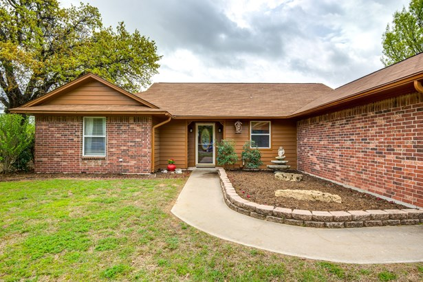 305 Johnson Lane, Krugerville, TX - USA (photo 4)
