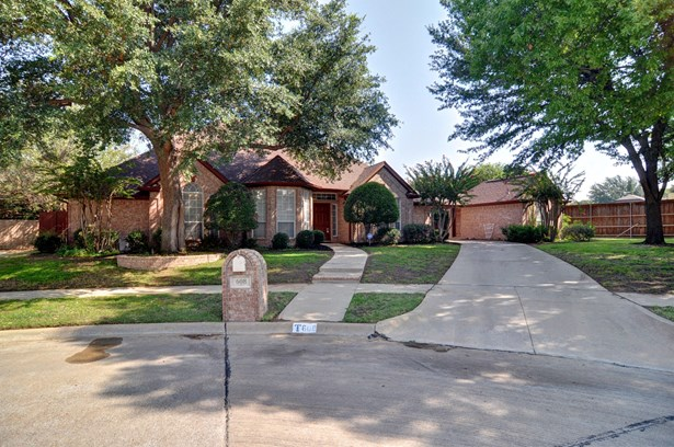 608 Anson Court, Arlington, TX - USA (photo 1)