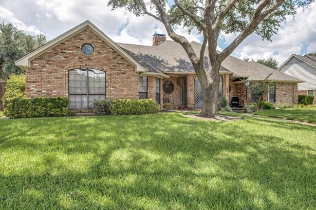 17505 River Hill Drive, Dallas, TX - USA (photo 2)