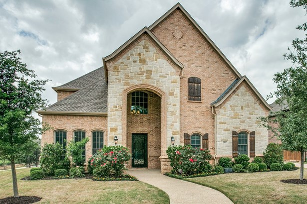 2007 Royal Crest Drive, Mansfield, TX - USA (photo 1)