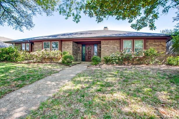 529 Wentworth Drive, Richardson, TX - USA (photo 5)