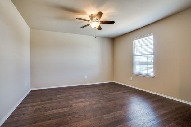 1437 Nicholas Lane, Little Elm, TX - USA (photo 5)