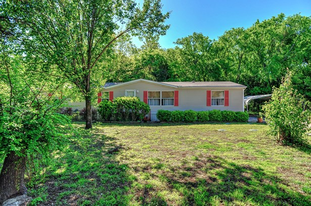 341 Pecan Place Lane, Pottsboro, TX - USA (photo 1)