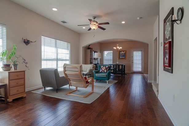 110 Barrington Lane, Lewisville, TX - USA (photo 3)