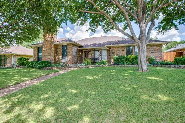 3116 Luallen Drive, Carrollton, TX - USA (photo 2)