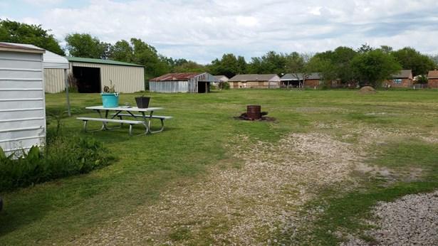 5806 Lyons Road, Garland, TX - USA (photo 4)