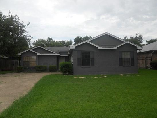 422 Betsy Ross, Arlington, TX - USA (photo 1)