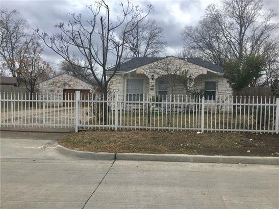 1405 Lakeview Drive, Grand Prairie, TX - USA (photo 1)