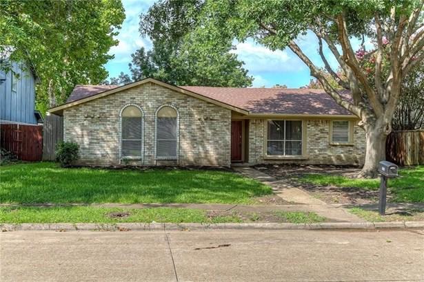 2930 Brookcrest Drive, Garland, TX - USA (photo 2)