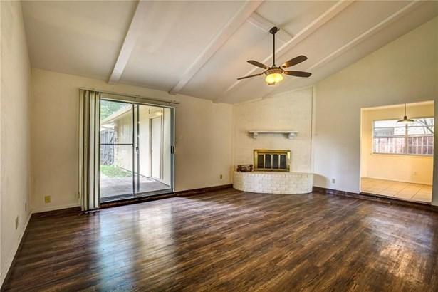 2930 Brookcrest Drive, Garland, TX - USA (photo 4)