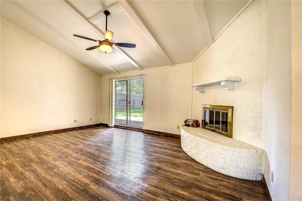 2930 Brookcrest Drive, Garland, TX - USA (photo 5)